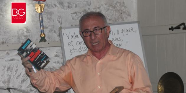 Mahmut Şenol'dan Çok Özel ve Çok İlginç Bir Söyleşi; İnsan Devleti Ve Karınca Kolonisi…